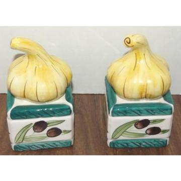 "Garlic Bulb on Olive Box Salt & Pepper Shaker Set 4 1/4"" tall"