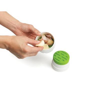 Chefn Twistn Peel Garlic Peeler