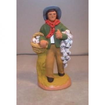 NEW Man carrying garlic, Fouque, 9 cm Santons Fouque