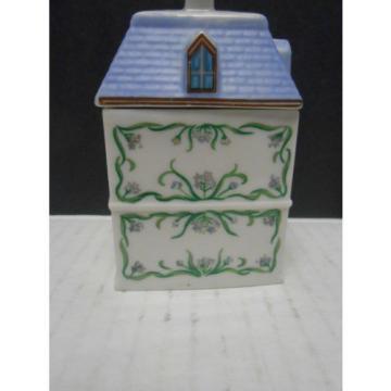 "Lenox Porcelain  Spice Jar ""Spice Village"" 1989 Garlic"