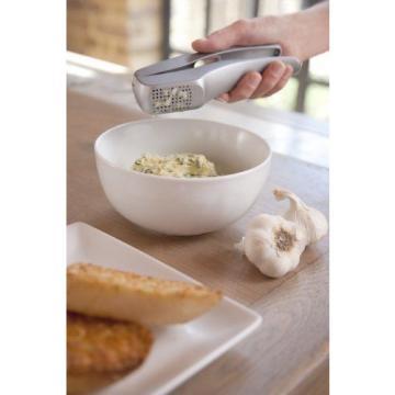 Zyliss Susi 3 Garlic Press - Grey