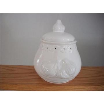 Norpro White Embossed Stoneware Garlic Keeper w/Vent Holes - Nice Counter Size