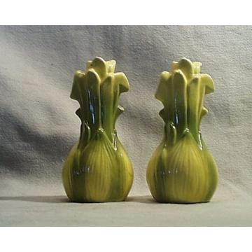 Vintage Ceramic Porcelain Yellow & Green Onion Garlic Salt/Pepper Shakers. Japan