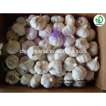 2017 fresh garlic supplier in China(4.5cm,5cm,5.5cm.6cm up)