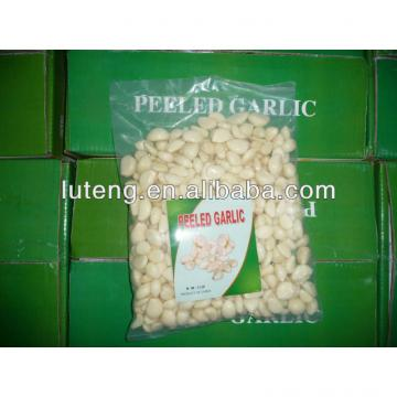2014 Chinese vacuum packed fresh peeled garlic cloves