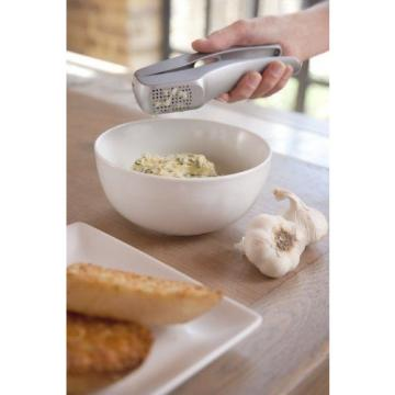 Zyliss Susi 3 Garlic Press - Grey