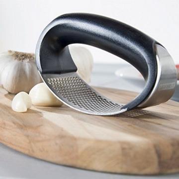 Leifheit Stainless Steel Rocking Garlic Press, Black And Silver