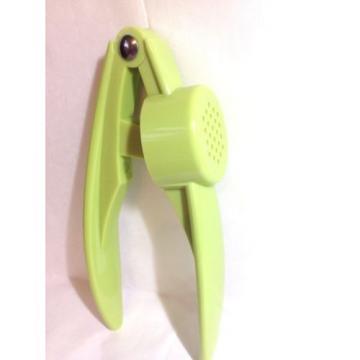 Hand Hold Easy Clean Plastic Garlic  Presser Crusher Squeezer Masher Mincing