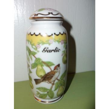 Birds and Blossoms - GARLIC  Spice Jar by Lenox - CHIPPING SPARROW - fine