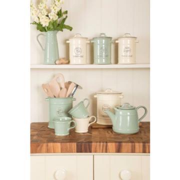 T&G Woodware Pride of Place Garlic Cellar or Baking Flour Shaker Jar