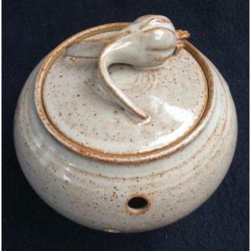 Jim ranson pottery garlic pot with modelled garlic knob