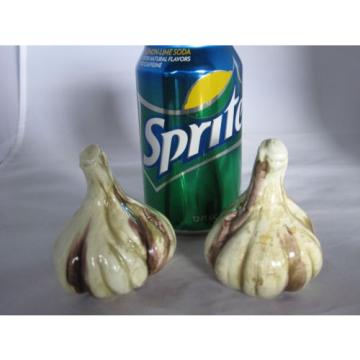 Vintage Ceramic Garlic Bulb Salt & Pepper Shakers Inarco Japan