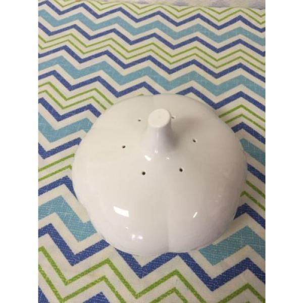 Tupperware Garlic Keeper Forget Me Not Pearl White #2 image